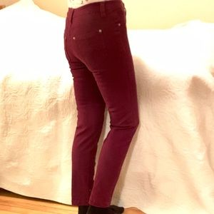 🌟SALE 4 for $20🌟 SUKO  Cranberry skinny jeans 2